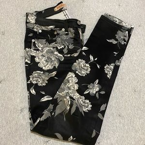 Judy Blue Flower Print Pants